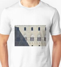 Gothic Italian facade with arches and columns at windows T-Shirt