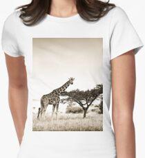 Solitary Giraffe W19 Women's Fitted T-Shirt