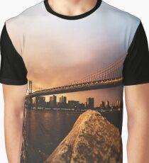 manhattan bridge in new york city Graphic T-Shirt