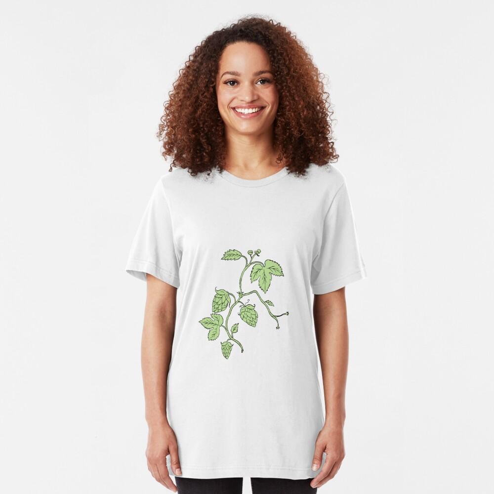 Hopfenpflanze, die Zeichnung klettert Slim Fit T-Shirt