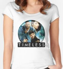 the timeless Women's Fitted Scoop T-Shirt