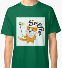 Cartoon cat taking a selfie on a monopod.  Classic T-Shirt
