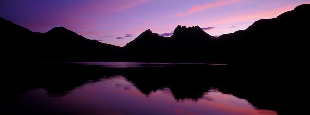 Dove Lake - Cradle Mountain - Tasmania by James Pierce
