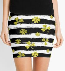 st patricks black white clover Mini Skirt