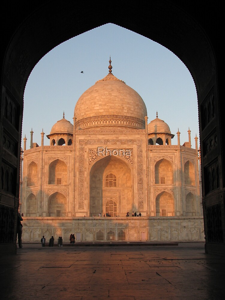 Taj Mahal by Rhona
