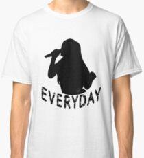 Ariana - Everyday Classic T-Shirt