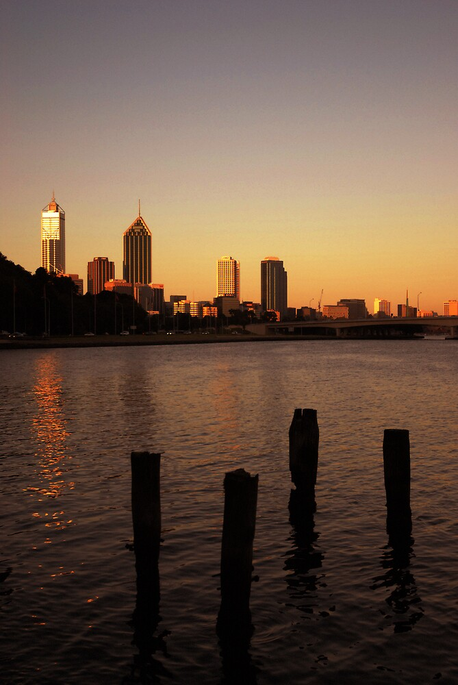 Perth in Lights Last rays by obzelite
