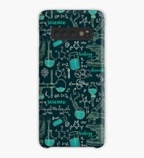 Vintage seamless pattern old chemistry laboratory with microscope, tubes and formulas. Case/Skin for Samsung Galaxy
