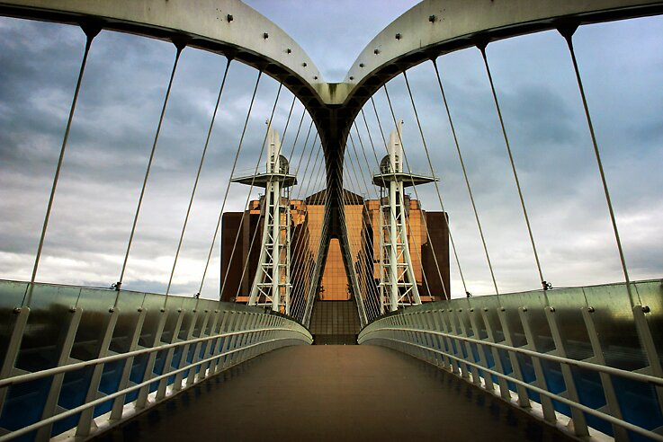 the whalers bridge by meanderthal