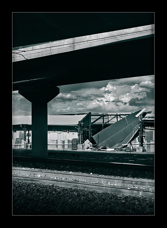 triplet track by meanderthal