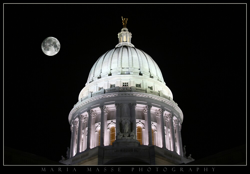 The Captiol of Madison WI by Maria Masse