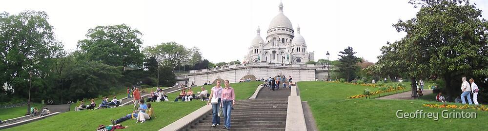 Sacre Coeur, Paris, France by Geoffrey Grinton