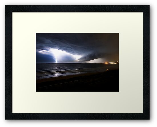 Narrabeen Lightning by Geoffrey Chang