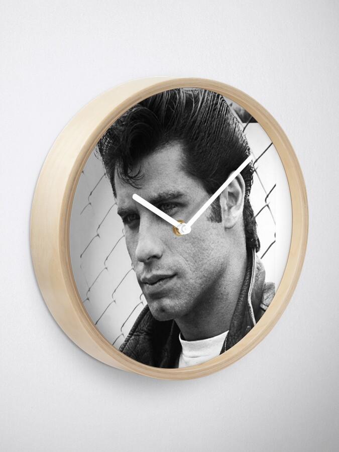 Alternative Ansicht von John Travolta Fett Uhr