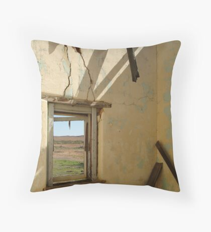 Ruin Old Ghan Railway,Oodnadatta Track Throw Pillow