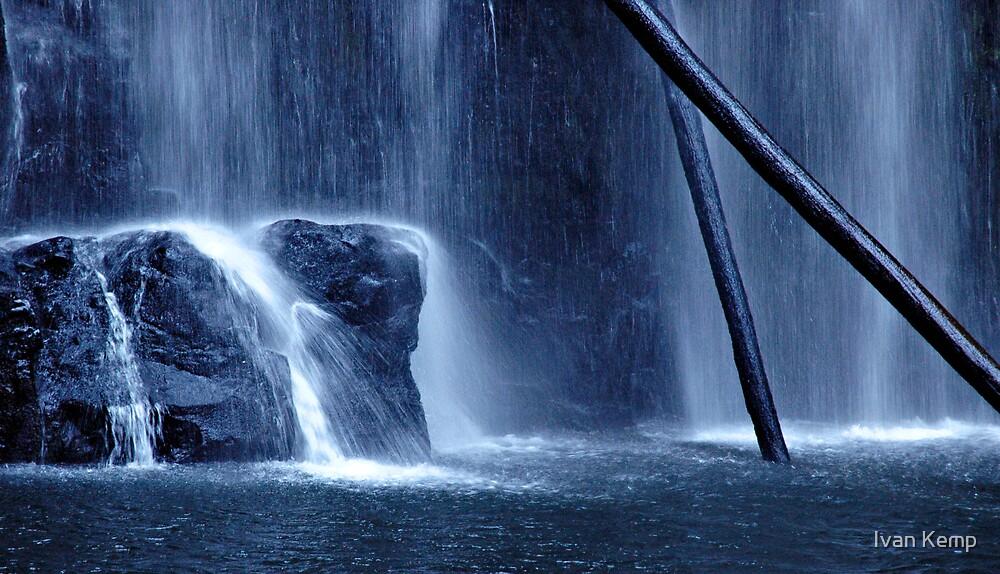 Beauchamp Falls by Ivan Kemp
