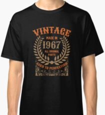 Vintage Made In 1967 Distressed Birthday Gift Classic T-Shirt