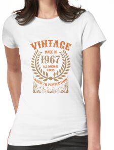 Vintage Made In 1967 Distressed Birthday Gift Womens Fitted T-Shirt