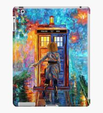 BeautifuL Blondie Mrs River Lost in the strange city iPad Case/Skin