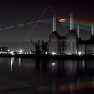 Battersea pink floyd pig and prism by Dean Messenger