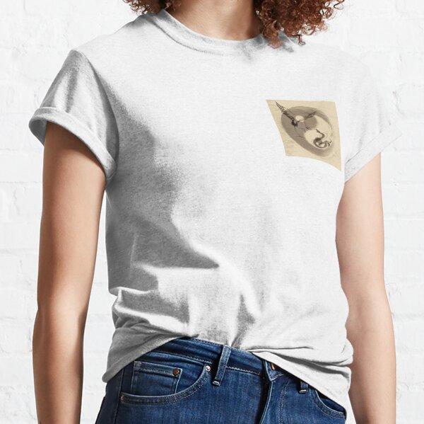 Crane Vs Snake Yin Yang Tai Chi calligraphy T-Shirt Classic T-Shirt
