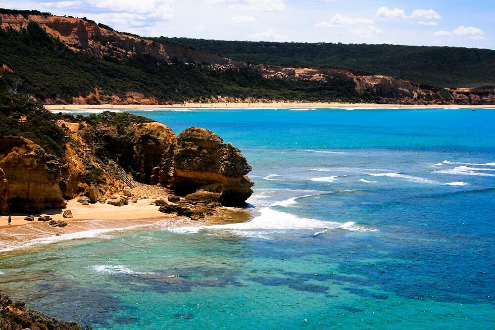 ocean coast by TimmyF