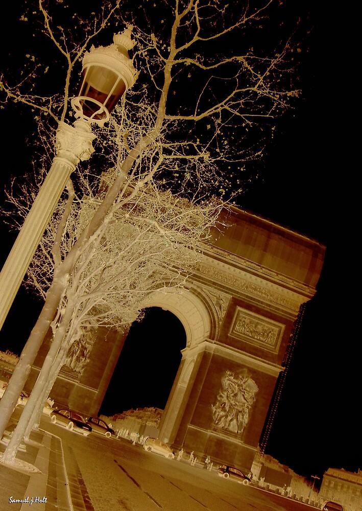 Arc De Triomphe by Samuel Holt