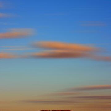 Uluru Sunset by mickbails