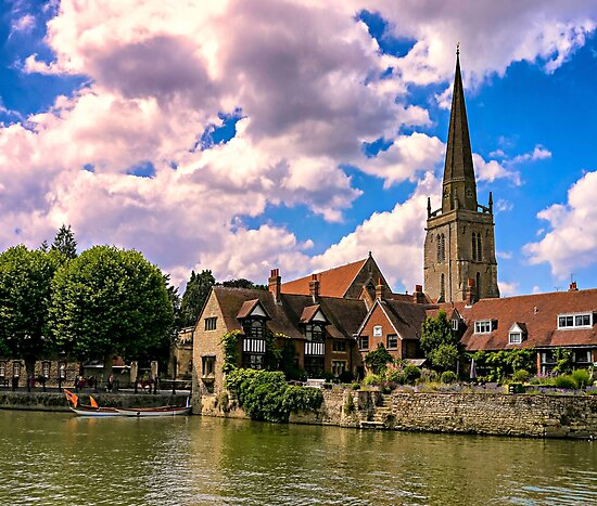 Along the Thames. by ScenicViewPics