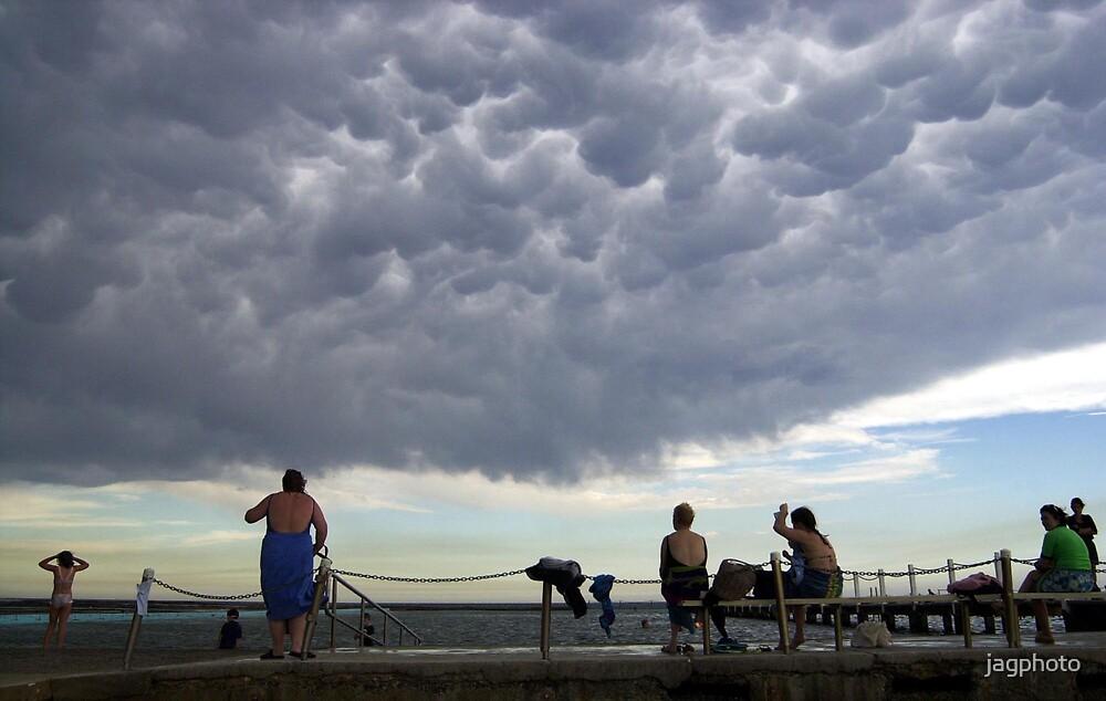Mammatus cloud  by jagphoto