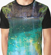 Lake panorama Graphic T-Shirt