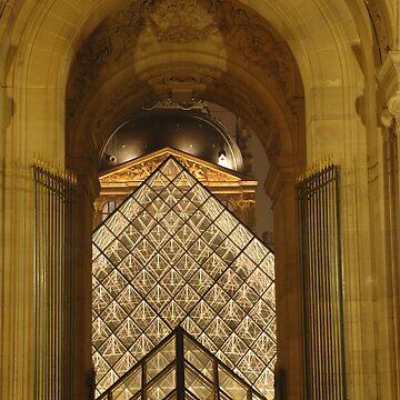 Louvre  by tiggatim