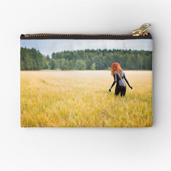 Project L: The field Zipper Pouch