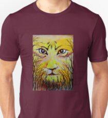Beautiful Mighty Lion Face Painting T-Shirt