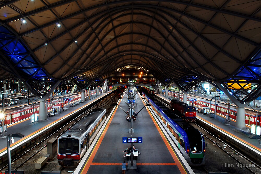Southern Cross Train Station by Hien Nguyen