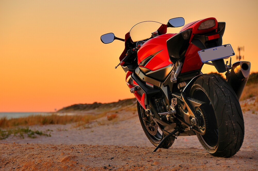 Red 2006 Suzuki GSX-R 1000 by D D