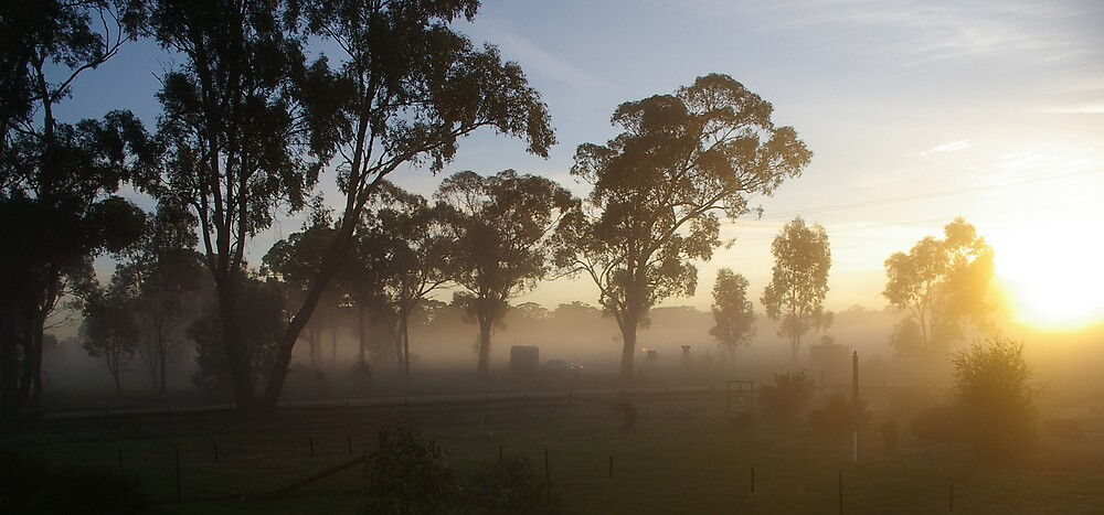 Sunrise, Central Victoria. by Ozmoe