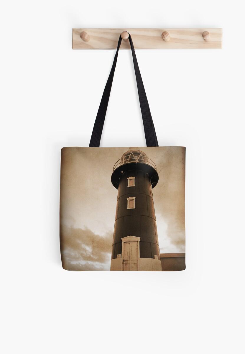 Vintage Lighthouse by autumnleaf
