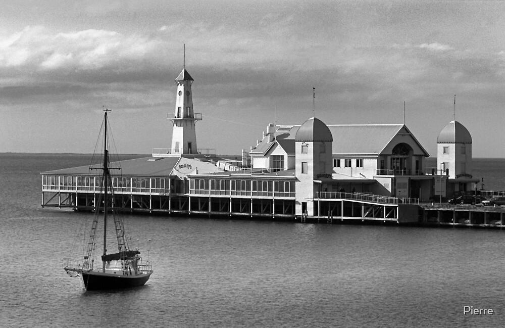 Geelong Pier by Pierre