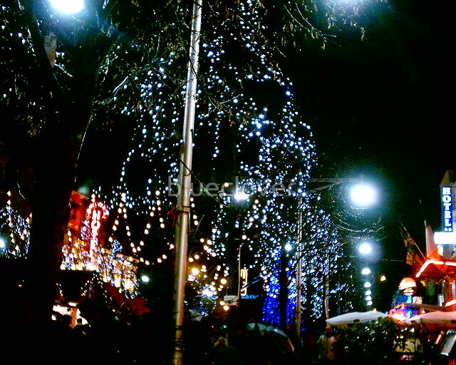 A French Street at Christmas by blueclover