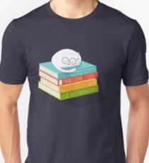 The Cat Loves Books Unisex T-Shirt