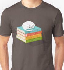 The Cat Loves Books Unisex T-Shirt