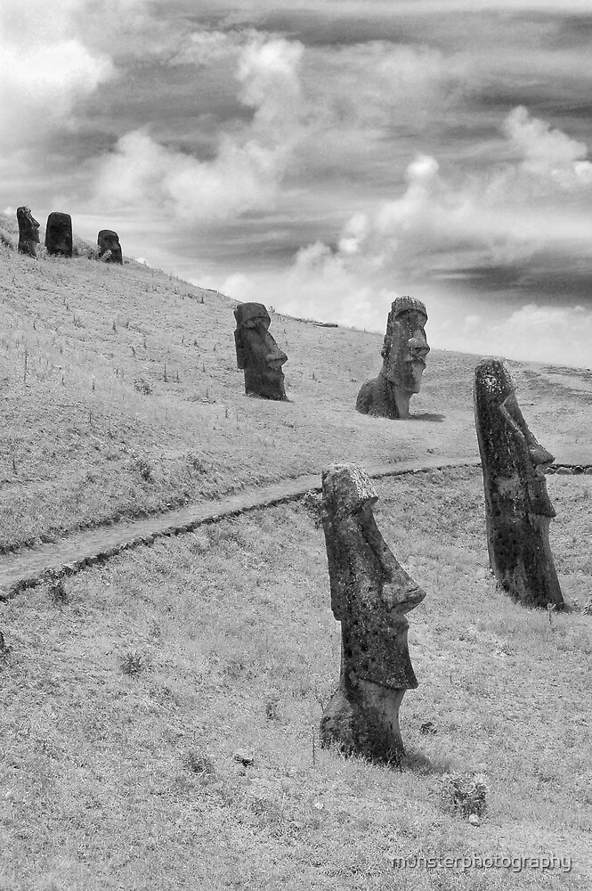 Easter Island Moai by munsterphotography