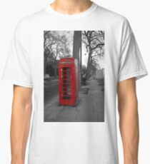 London Telephone Box Classic T-Shirt