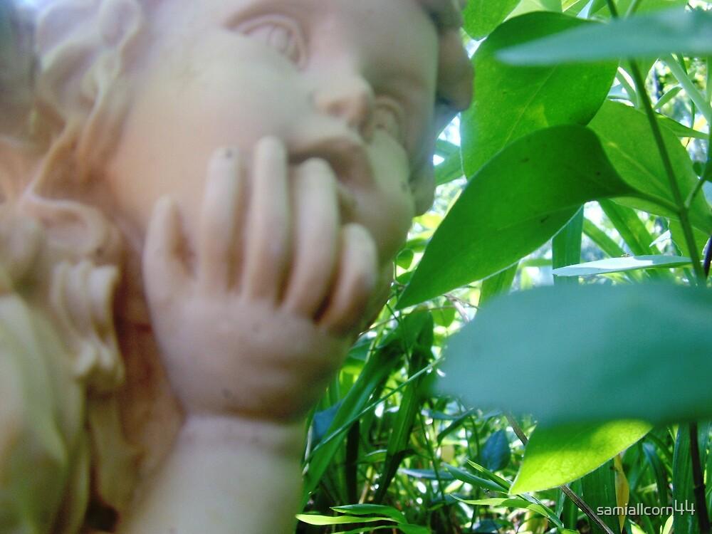 angel thinking by samiallcorn44