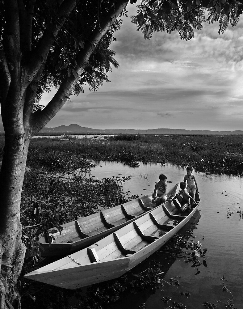 Kids of Rawa Pening by rarindra
