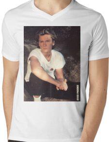 River Phoenix Mens V-Neck T-Shirt