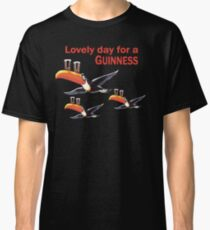 GUINNESS TOUCAN FLY LOGO Classic T-Shirt