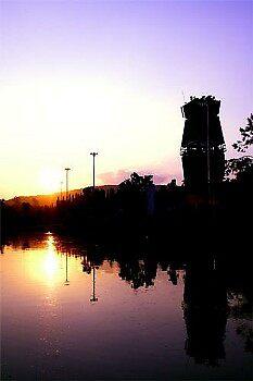 sunset by huekoe