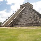 Chichen Itza by LizAndino
